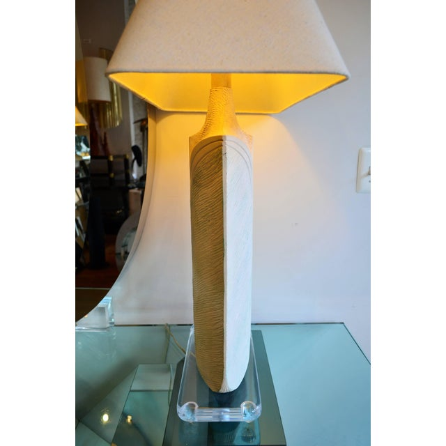 White Large Plaster and Lucite Lamp by Casual Lamps of California For Sale - Image 8 of 11