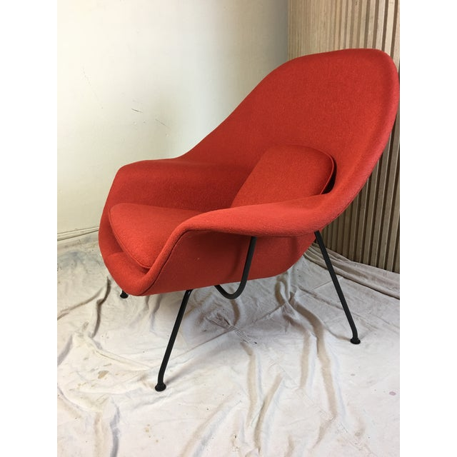 Knoll Eero Saarinen for Knoll 1950s Womb Chair and Ottoman - a Pair For Sale - Image 4 of 13