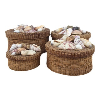 1970s Round Lidded Nesting Woven Sweetgrass Baskets Boxes - Set of 4 For Sale