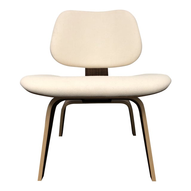 Mid-Century Modern Herman Miller Eames Upholstered Molded Plywood Dining Chair For Sale