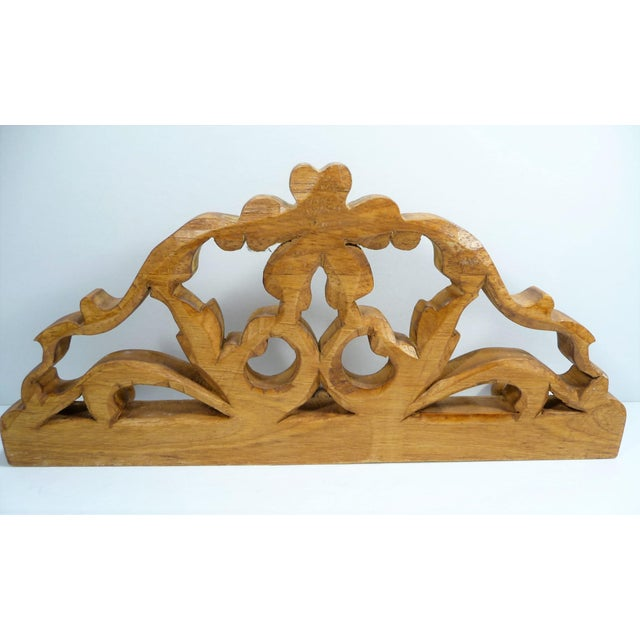 European Vintage Small Hand Carved Rosette Wall Hook For Sale - Image 4 of 4