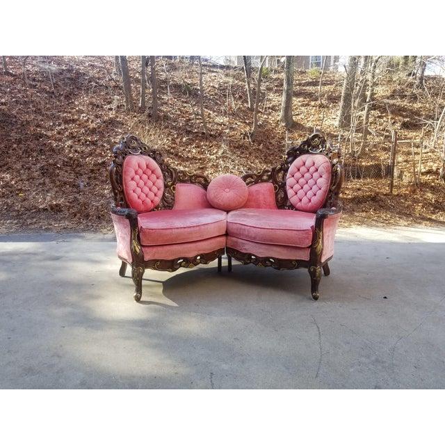 1960s Vintage Victorian Pink Velvet Loveseat