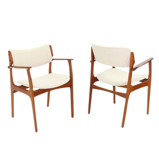 Pair of Two Danish Mid Century Modern Arm Dining Chairs For Sale