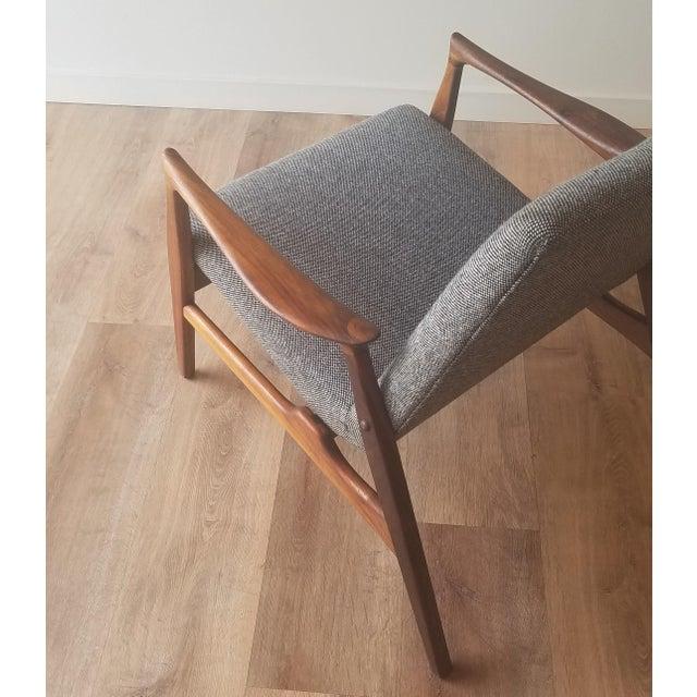 1950s Arne Hovmand-Olsen Lounge Chair (Model 240) for Mogens Kold Møbelfabrik - Newly Upholstered For Sale In Seattle - Image 6 of 13