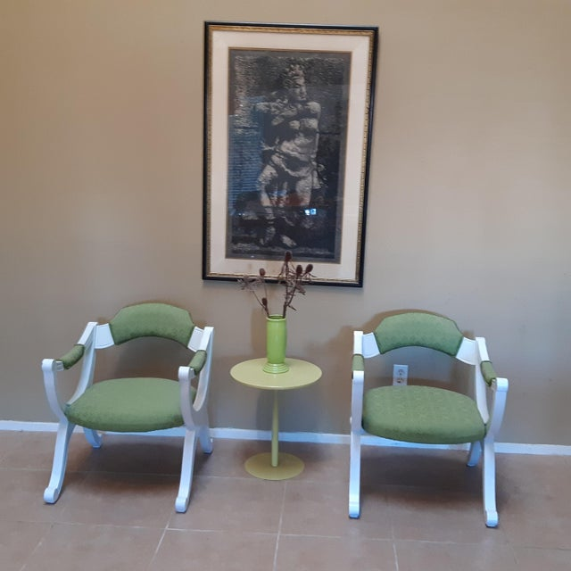 Hollywood Regency Drexel Hollywood Regency Style White Painted Drexel Chairs- a Pair For Sale - Image 3 of 10