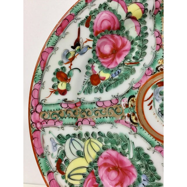 Asian 1940s Asian Hand Painted Decorative Plate For Sale - Image 3 of 10