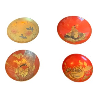 Japanese Lacquered Sake Cups Meiji Period - Set of 4 For Sale