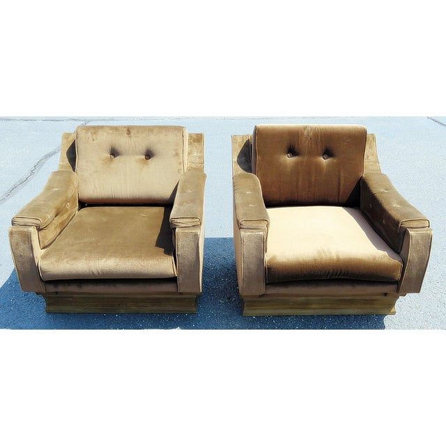 Pair of Mid-Century Modern Oversized Lounge Chairs For Sale - Image 11 of 11