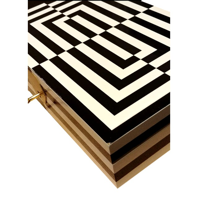 Jonathan Adler Final Markdown Jonathan Adler Op Art Lacquer Jewelry Box For Sale - Image 4 of 6
