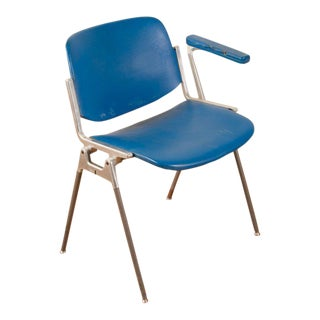 Castelli Vinyl Airport Chair For Sale