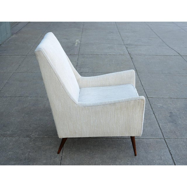 Mid-Century Modern 1950s Mid Century Modern Upholstered Lounge Chair For Sale - Image 3 of 11