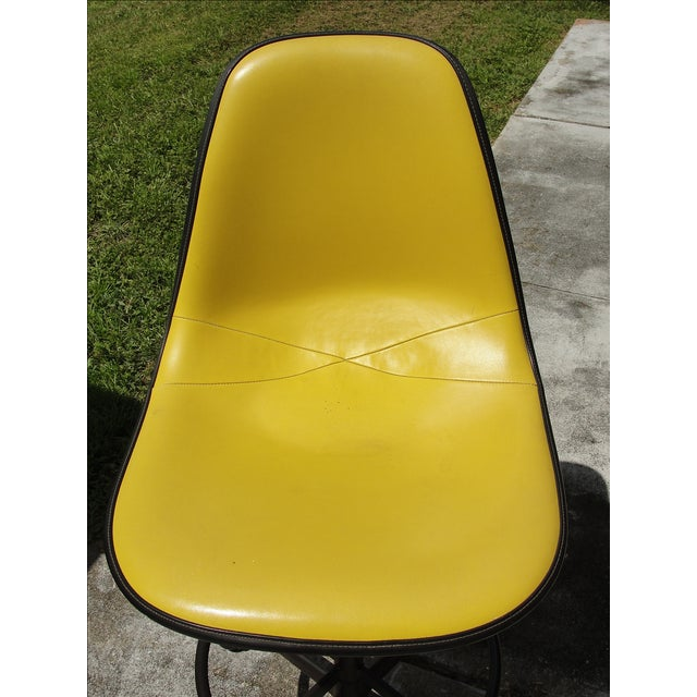 Mid-Century Herman Miller Yellow Bar Stool - Image 8 of 8