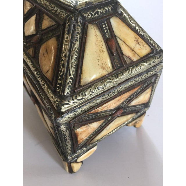 Moroccan Decorative Jewelry Box Inlaid With Bone and Silvered Brass For Sale - Image 10 of 13