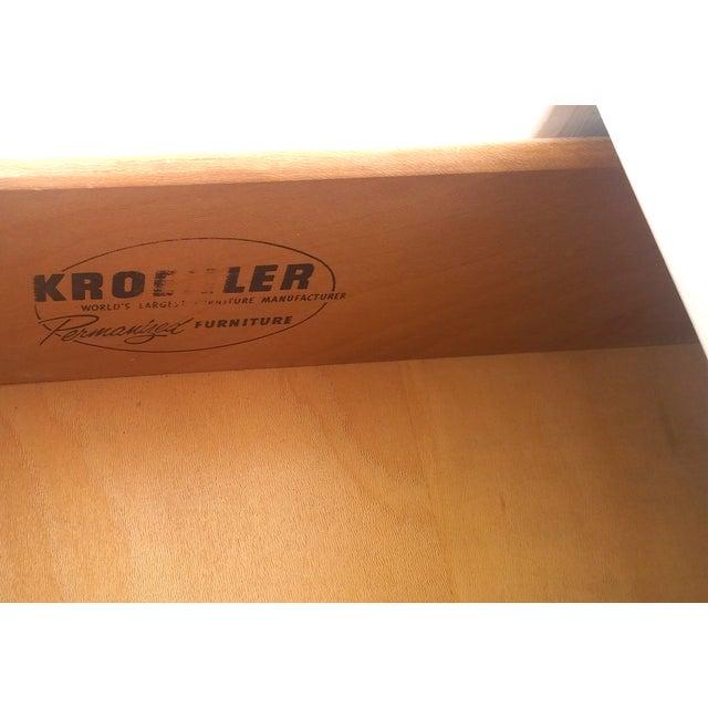Kroehler Mid-Century White Lacquer Dresser - Image 10 of 10