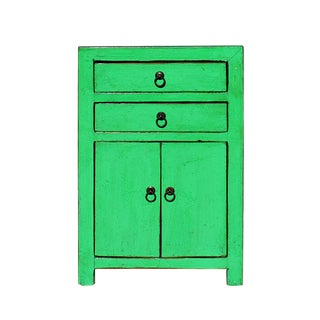 Oriental Bright Green Lacquer Two Drawers End Table Nightstand For Sale