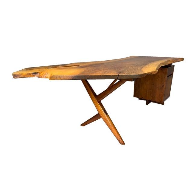 George Nakashima Large Conoid Writing Desk For Sale In Boston - Image 6 of 13