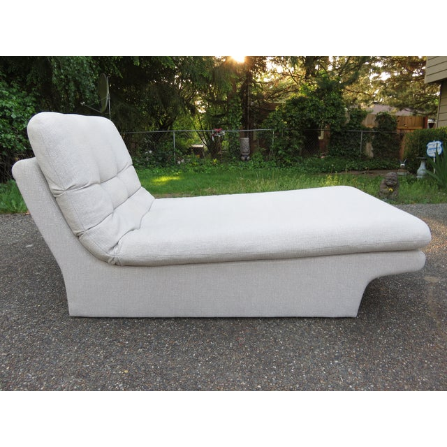Vladimir Kagan-Style Sculptural Chaise Lounge - Image 6 of 10