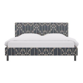 King Tailored Platform Bed in Linea Ikat For Sale