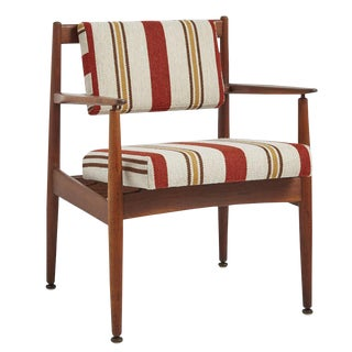 Walnut Jens Risom Chair Model C160 W/ Newly Upholstered Cushions Circa 1950s