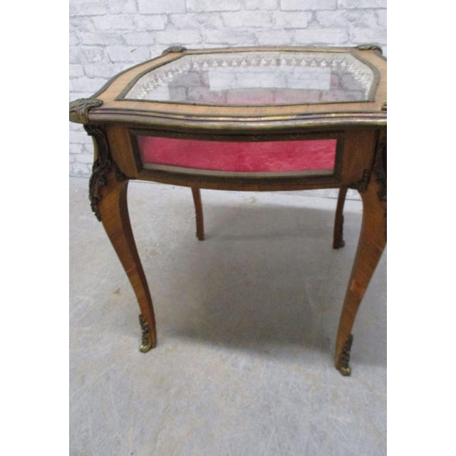 Early 19th Century French Louis XV Style Bijouterie Display Table For Sale - Image 5 of 13