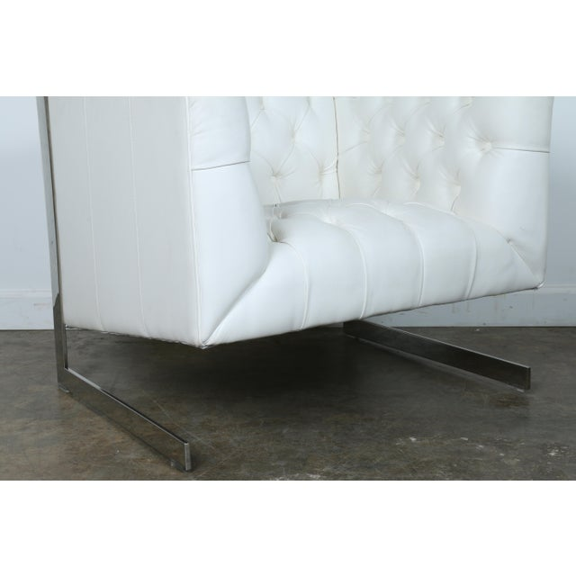 Modern Chesterfield Tufted Chair - Image 7 of 11