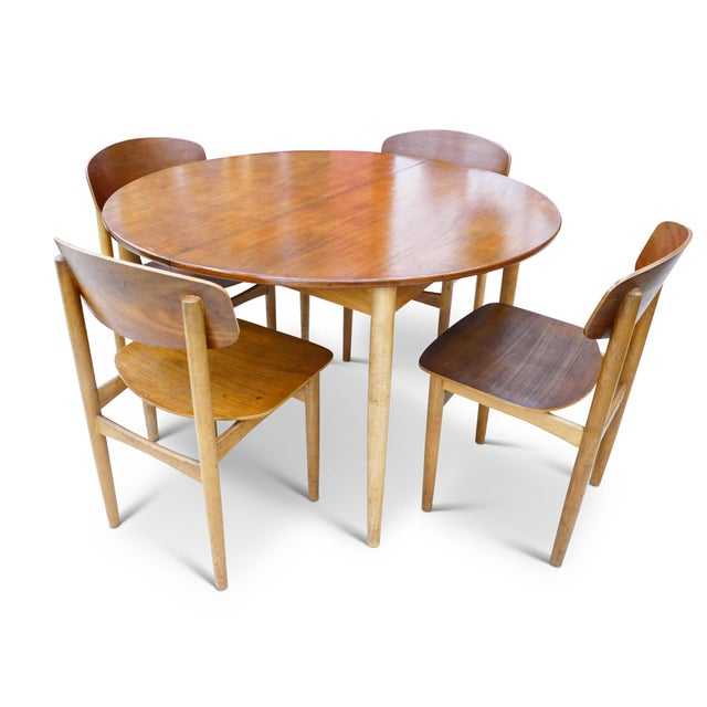 Vintage Danish mid-century 5pc Borge Mogensen for Soberg Mobelfabrik Dining Set. Includes a Model 121 round teak and oak...