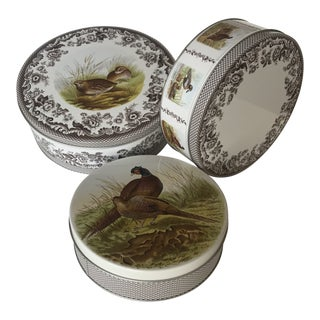 Cottage Nesting Cake/Cookie Tins in the Spode Woodland Pattern – Set of 3 For Sale