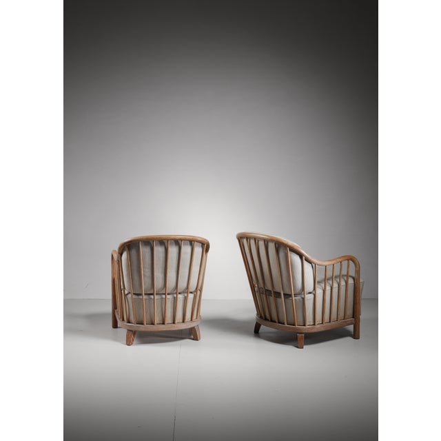 Pair of spindle lounge chairs from Italy, 1930s - Image 3 of 5