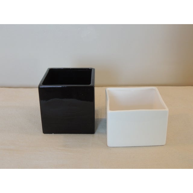 Black and White Modern Planters - A Pair - Image 2 of 3
