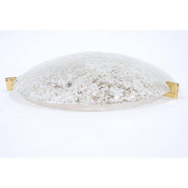 Mid-Century Modern Large Textured Hillebrand Dome Glass Flush Mount Lamp, 1960 For Sale - Image 3 of 4
