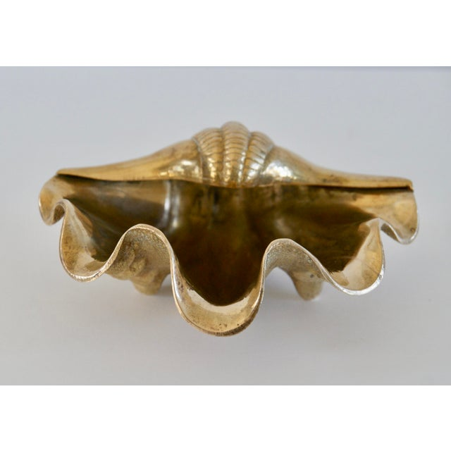 1960s Hollywood Regency Brass Shell Dish For Sale - Image 4 of 7