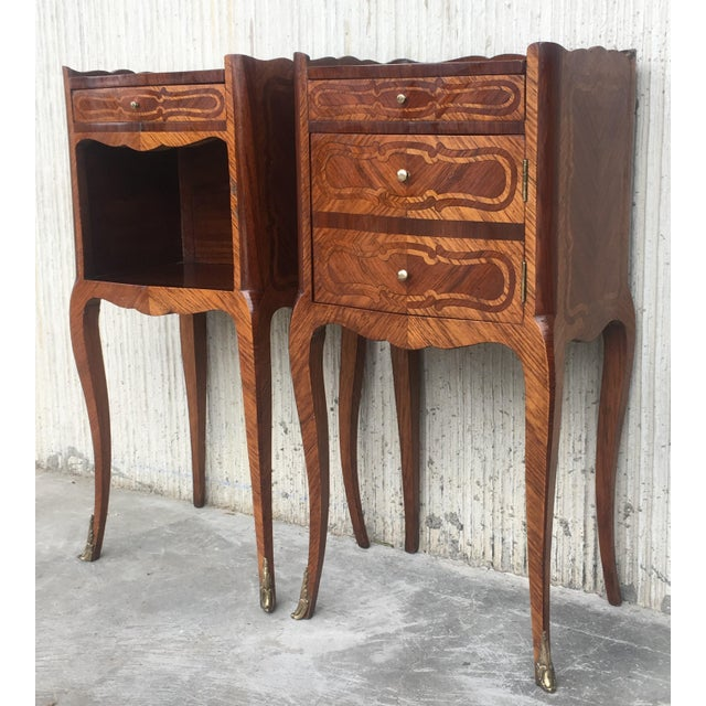 Pair of French Marquetry Walnut Bedside Tables With Drawers and Open Shelf For Sale In Miami - Image 6 of 13