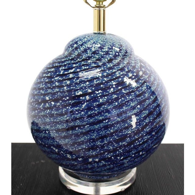 Mid-Century Modern Large Blue Art Glass Globe Table Lamp For Sale - Image 3 of 6