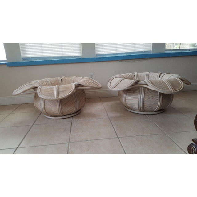 1970s 1970s Hollywood Regency Rattan Pencil Reed Bell Flower Coffee Tables - a Pair For Sale - Image 5 of 11
