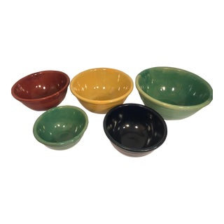 Vintage Green and Primary Color Bauer Pottery Nesting Bowls - Set of Five For Sale