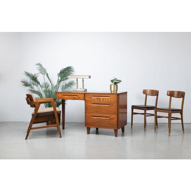 Wood Mid-Century Modern Solid Walnut Chair by Gunlocke For Sale - Image 7 of 9