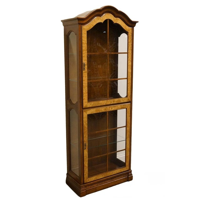 "Jasper Cabinet St. Albans Collection 28"" Display Curio Cabinet For Sale - Image 12 of 12"