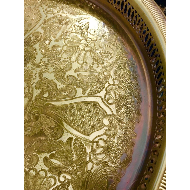 Metal 1950s Stiffel Regency Brass Tray Table Floor Lamp For Sale - Image 7 of 11