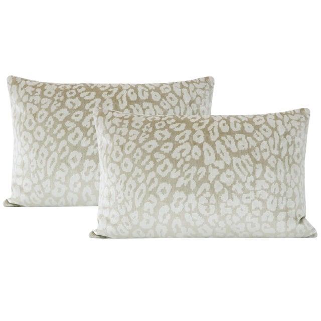 "2010s 12"" X 18"" Neutral Leopard Velvet Lumbar Pillows - a Pair For Sale - Image 5 of 5"