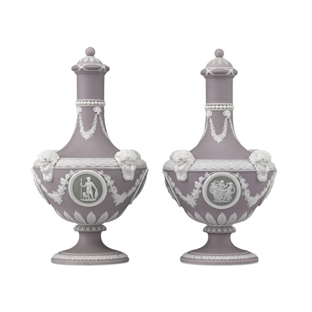 These outstanding Wedgwood barber bottles boast three beautiful hues of jasper: lilac, sage green, and white. Delicately...