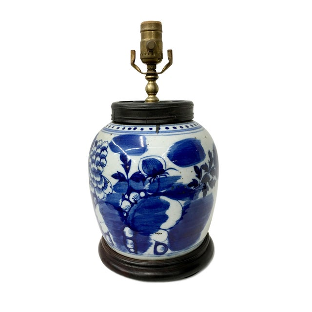 Asian Early 19th Century Traditional Flower Painted Blue & White Antique Table Lamp For Sale - Image 3 of 3