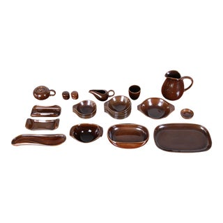 Russel Wright for Steubenville Pottery American Modern 28-Piece Dinnerware Set, 1940s For Sale
