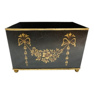 Tole Cachepot Footed Planter - Black & Gold Gilt Ribbon Bow Garland Design For Sale
