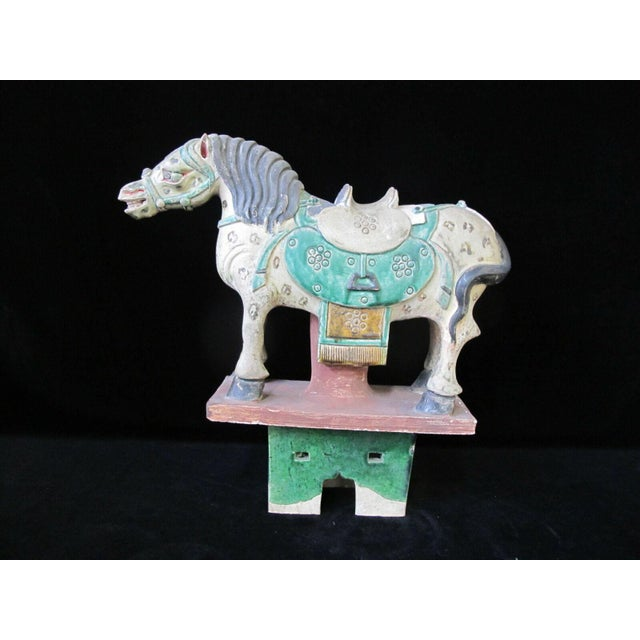 Early 20th Century Horse on Stand Chinese Green Sancai Glaze Terra Cotta Pottery Figurine For Sale - Image 11 of 11