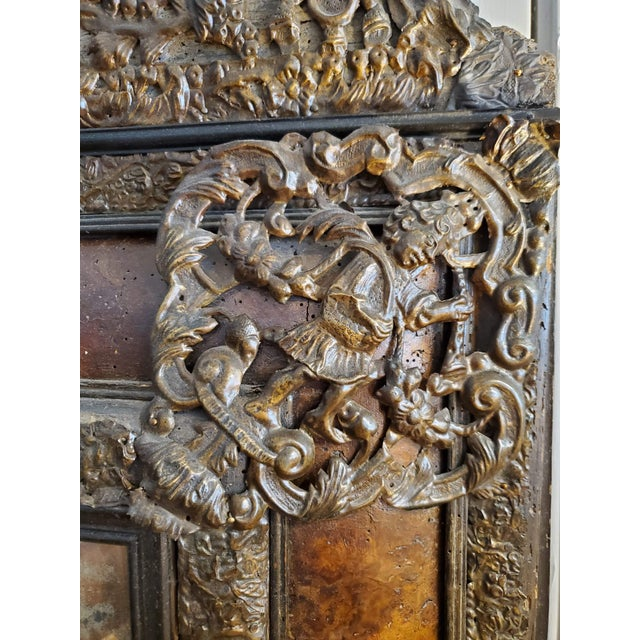 17th Century Cushion Moulded Dutch Mirror For Sale - Image 4 of 9
