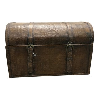 20th Century Americana Faux Alligator Skin Leather Trunk For Sale