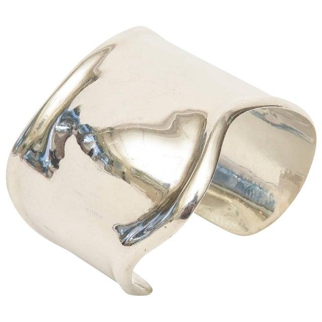 Los Ballesteros Hallmarked Sterling Silver Sensual Sculptural Bone Cuff Bracelet For Sale