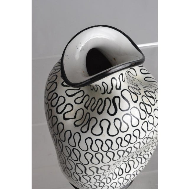 Contemporary Italian Pottery Pinch Vase For Sale - Image 3 of 5