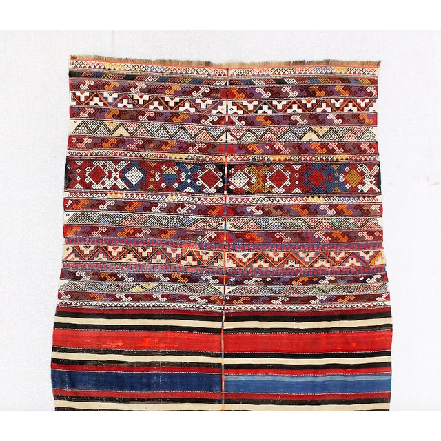 19th Century Antique Turkish Kilim Rug- 4′4″ × 7′8″ For Sale - Image 4 of 6