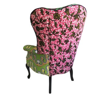 Early 20th Century Antique Button Upholstered Spoon Back Armchair Preview